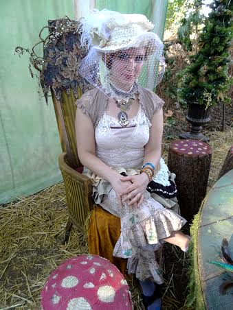 Cream Ste&unk Costume & Belly Dance Eugene - Fashion and Merchandise - Cream Steampunk Costume